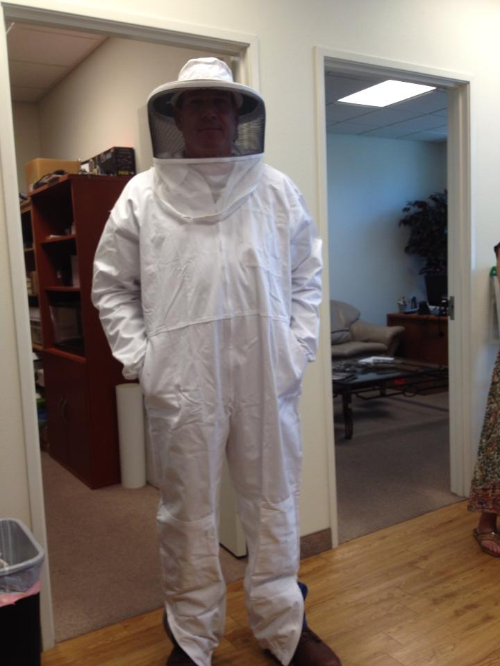 bee-control-suit